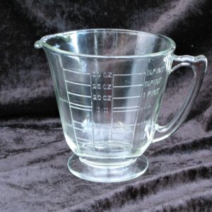 Vintage Pressed Glass Measuring Jug Imperial Measurements Pints Fluid Ounces