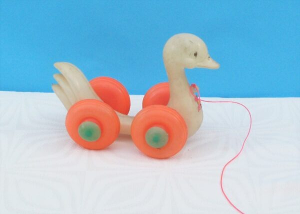 Vintage Plastic Pull Along Duck Toy on Wheels 60s 70s