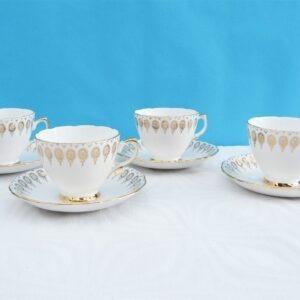 Vintage Royal Vale Bone China 4 Tea Cups Saucers Gold Decorative 50s 60s