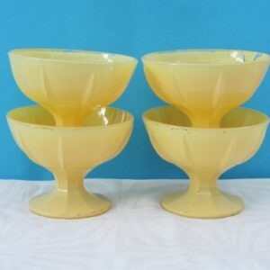 Vintage Woolworths Glass Sundae Dishes Yelllow x4 50s 60s