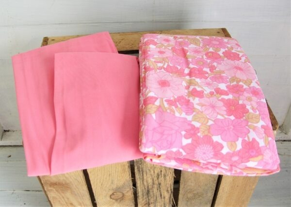 Vintage Pink Nylon Fitted Single Bed Sheets Pair Flower Power 60s 70s