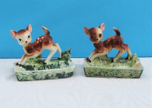 Vintage Kitsch Big Eyes Fawn Bambi Ceramic Trinket or Soap Dishes Pair 50s 60s