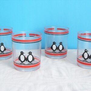 Vintage 80s Penguin Plastic Beakers x4 Cole & Mason Red Black Picnic Camping