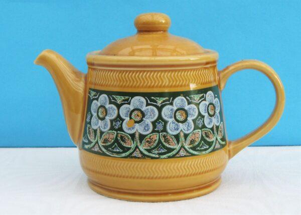 Vintage Sadler Teapot 1970s Blue Flower light brown