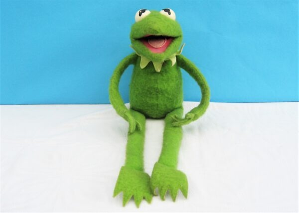 Vintage Fisher Price Kermit the Frog Plush Hugging Toy Muppets Jim Henson 70s 80s
