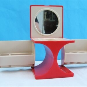 Vintage Travel Make Up Cube With Mirror Red Cream Plastic Hong Kong 70s 80s