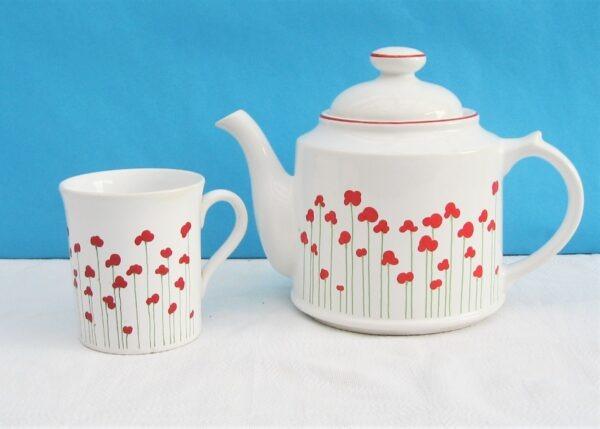 Vintage Wade England Royal Victoria Pottery Red Poppy Design Teapot or Mug 1980s